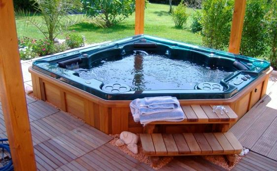 Hot Tub Maintenance Clean